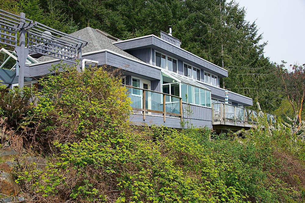 686 Cliff Road, Bowen Island, West Vancouver BC