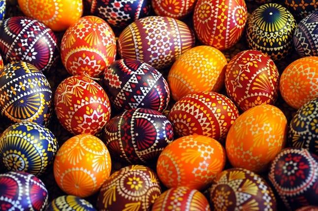 West Vancouver's Dundarave Village Easter Egg Hunt
